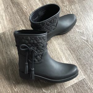 Jessica Simpson Black Rain Boots Racyn Quilted
